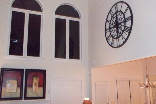 clock-13BB473C10-C87A-01FA-3A14-166C238AF7B5.jpg
