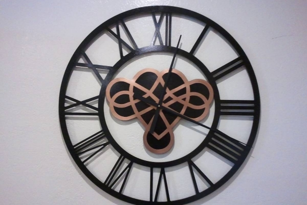 clock-30FB4DFEE-0AA0-C951-DD97-3753CDCC8567.jpg